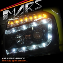 Black DRL LED Projector Head Lights with LED Indicators for Suzuki Jimny
